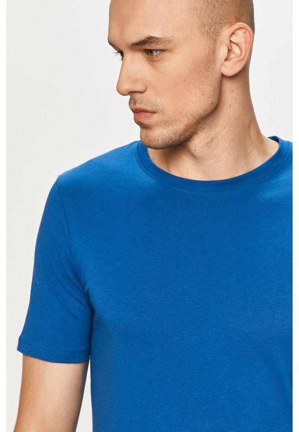 Jack & Jones - T-shirt. Okazja: na co dzień. Kolor: niebieski. Materiał: dzianina, bawełna. Wzór: gładki. Styl: casual