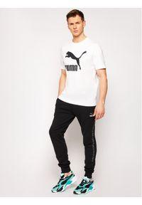 Puma T-Shirt Classics Logo 530088 Biały Regular Fit. Kolor: biały