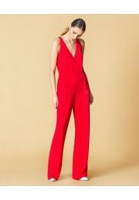 Manila Grace - MANILA GRACE - Czerwony kombinezon. Kolor: czerwony. Materiał: tkanina. Styl: elegancki