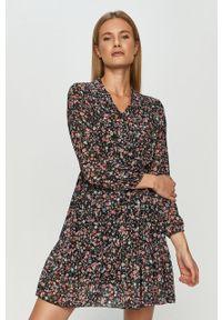 Czarna sukienka Haily's w kwiaty, rozkloszowana