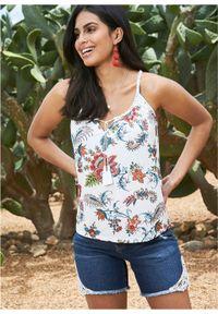 Top shirtowy w kwiaty bonprix biel wełny z nadrukiem. Kolor: biały. Materiał: wełna. Wzór: kwiaty, nadruk