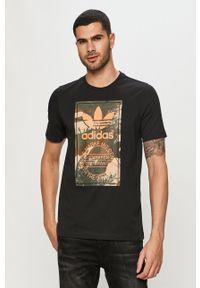 Czarny t-shirt adidas Originals z nadrukiem, casualowy, na co dzień