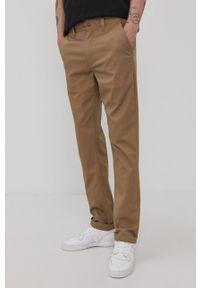 Brixton - Spodnie. Kolor: brązowy. Materiał: włókno, tkanina. Wzór: gładki