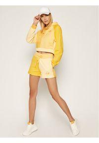 Guess Szorty sportowe J BALVIN Colour-Block W0FQ64 RA1B0 Żółty Slim Fit. Kolor: żółty