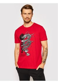 Togoshi T-Shirt Dragon Czerwony Regular Fit. Kolor: czerwony