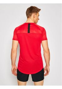 Czerwona koszulka sportowa Ellesse