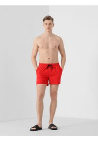 4f - Spodenki plażowe męskie. Okazja: na plażę. Kolor: czerwony. Materiał: tkanina. Sezon: lato