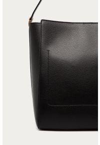 Czarna shopperka Emporio Armani gładkie, skórzana, na ramię, duża