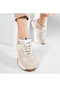 Geox - Sneakersy GEOX - D Suzzie B D94FRB 02011 C5000 Beige. Okazja: na co dzień. Kolor: beżowy. Materiał: skóra, zamsz, materiał. Szerokość cholewki: normalna. Sezon: lato. Styl: casual