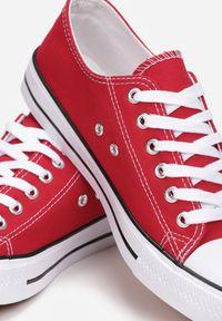 Born2be - Czerwone Trampki Rharanin. Kolor: czerwony
