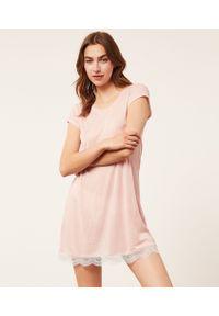 Warm Day Koszula Nocna Z Koronkowym Dołem - Xl - Pudrowy Róż - Etam. Kolor: różowy. Materiał: koronka. Długość: krótkie. Wzór: koronka