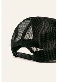 Czarna czapka z daszkiem Roxy z nadrukiem