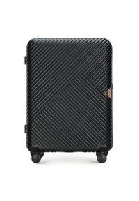 Czarna walizka Wittchen w geometryczne wzory