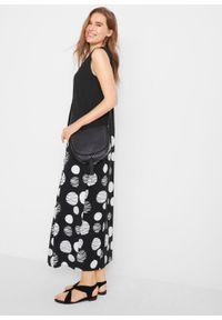 Sukienka z dżerseju w fasonie o linii O bonprix czarno-biały w kropki. Kolor: czarny. Materiał: jersey. Wzór: kropki