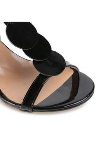 Czarne sandały sagan z aplikacjami