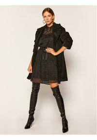 iBlues Sukienka koktajlowa Calle 72261906 Czarny Regular Fit. Kolor: czarny. Styl: wizytowy #3