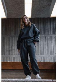 MUUV. - Bluza bawełniana Smooth Cotton. Kolor: szary. Materiał: bawełna