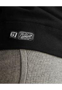 Ralph Lauren - RALPH LAUREN - Czarna bluza bez kaptura Polo. Typ kołnierza: bez kaptura, polo. Kolor: czarny. Materiał: bawełna. Wzór: napisy, nadruk, aplikacja