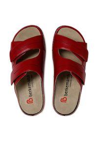 Czerwone klapki Berkemann