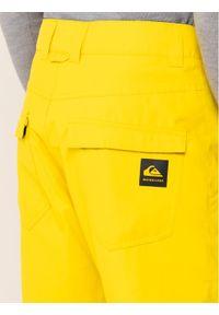 Żółte spodnie sportowe Quiksilver snowboardowe
