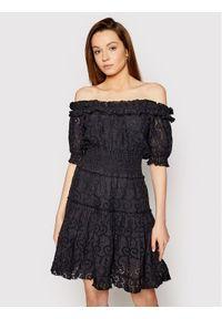 Czarna sukienka prosta, na co dzień, casualowa