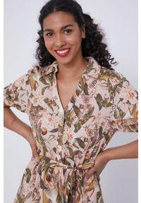 medicine - Medicine - Sukienka Tropical Chaos. Kolor: beżowy. Materiał: tkanina. Długość rękawa: krótki rękaw. Typ sukienki: rozkloszowane
