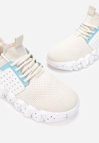Renee - Beżowe Sneakersy Phenede. Wysokość cholewki: przed kostkę. Zapięcie: bez zapięcia. Kolor: beżowy. Materiał: materiał. Szerokość cholewki: normalna. Wzór: nadruk