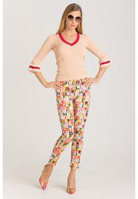 Jeansy Elisabetta Franchi eleganckie, w kolorowe wzory