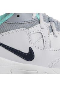 Białe buty do tenisa Nike Nike Court