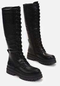 Renee - Czarne Kozaki Cilliopis. Wysokość cholewki: przed kolano. Nosek buta: okrągły. Zapięcie: zamek. Kolor: czarny. Szerokość cholewki: normalna