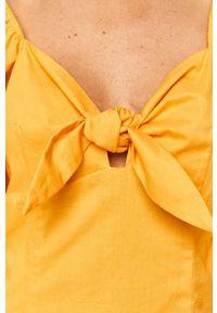 Pepe Jeans - Sukienka Linda. Okazja: na co dzień. Kolor: żółty. Typ sukienki: proste. Styl: casual