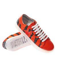 Buty sportowe Patrizia Pepe w kolorowe wzory