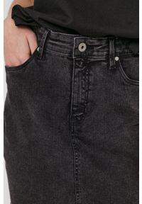 medicine - Medicine - Spódnica jeansowa Denim. Okazja: na co dzień. Stan: podwyższony. Kolor: czarny. Materiał: denim, jeans. Styl: casual