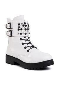 Białe buty trekkingowe DeeZee z aplikacjami, z cholewką