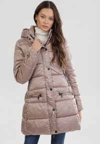 Beżowa kurtka zimowa Born2be
