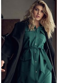 Zielona sukienka Figl koszulowa