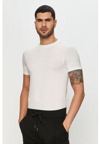 Biały t-shirt bez rękawów