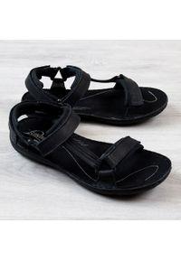 Czarne sandały Łukbut