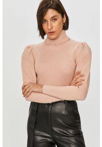 Różowy sweter Answear Lab długi, z golfem