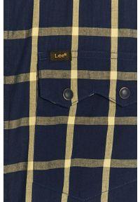 Lee - Koszula. Typ kołnierza: kołnierzyk klasyczny. Kolor: żółty. Materiał: tkanina. Styl: klasyczny