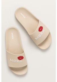 MEXX - Mexx - Klapki. Kolor: beżowy. Materiał: guma