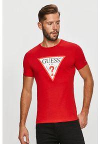 Czerwony t-shirt Guess Jeans casualowy, na co dzień, z nadrukiem