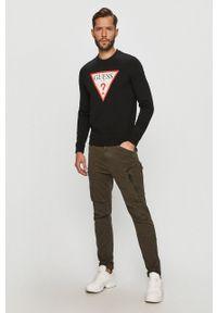 Czarna bluza nierozpinana Guess Jeans bez kaptura, casualowa, z nadrukiem