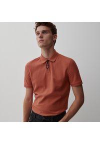 Reserved - Koszulka polo z dzianiny pique - Czerwony. Typ kołnierza: polo. Kolor: czerwony. Materiał: dzianina