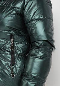 Born2be - Ciemnozielona Kurtka Sopharpia. Kolor: zielony. Styl: elegancki