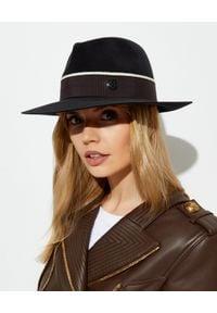 MAISON MICHEL PARIS - Czarny kapelusz Rico. Kolor: czarny. Materiał: dzianina. Wzór: aplikacja. Styl: elegancki, klasyczny