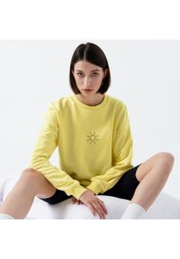 Cropp - Bluza oversize z nadrukiem - Żółty. Kolor: żółty. Wzór: nadruk