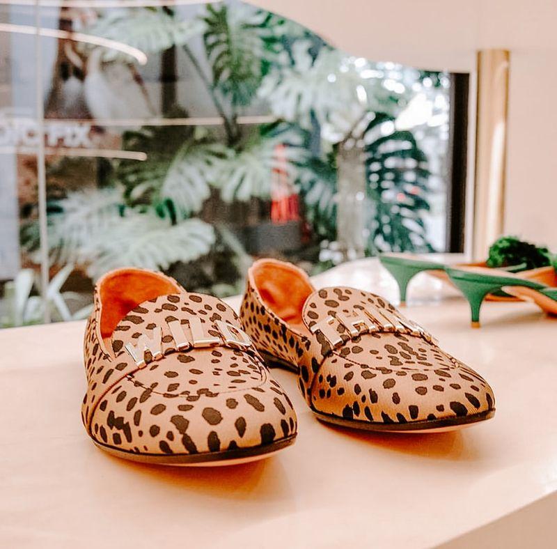 Mokasyny damskie – jaki model wybrać i z czym łączyć modne buty?
