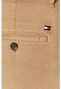 TOMMY HILFIGER - Tommy Hilfiger - Spodnie. Kolor: beżowy. Materiał: tkanina, bawełna