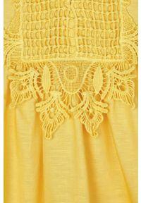 Pomarańczowa sukienka Mayoral mini, bez rękawów, z haftami, rozkloszowana